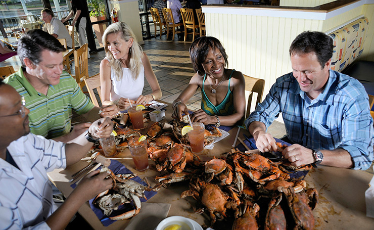 Maryland Crabs bring everyone together at Bo Brooks in Canton, Crabs & Soul Food