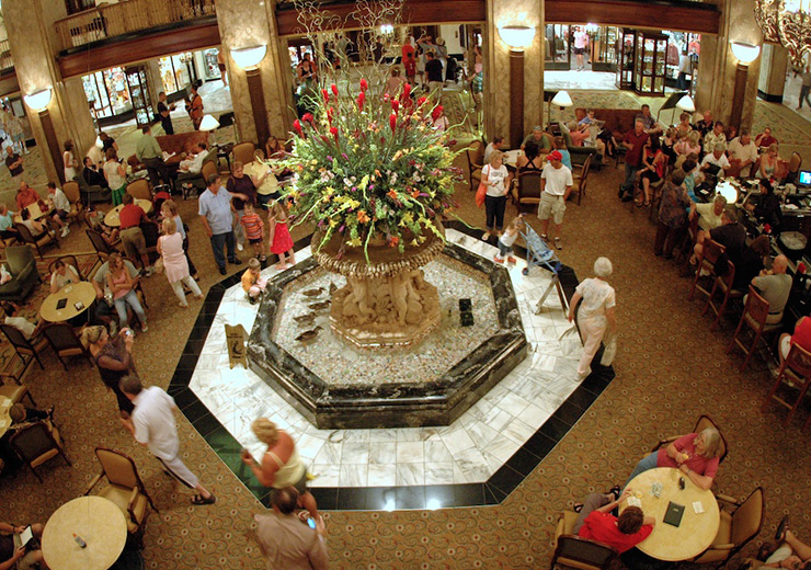 Peabody Hotel lobby complete with ducks, Memphis Hotels