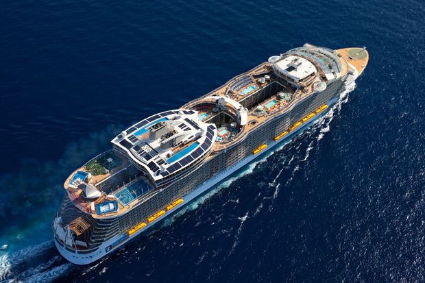 Royal Caribbean Oasis of the Seas, a multi-dimensional mobile vacation