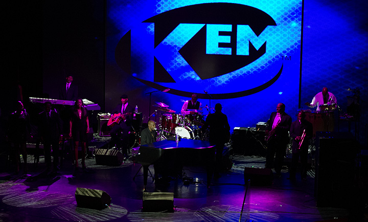 KEM performing on Fantastic Voyage 2014
