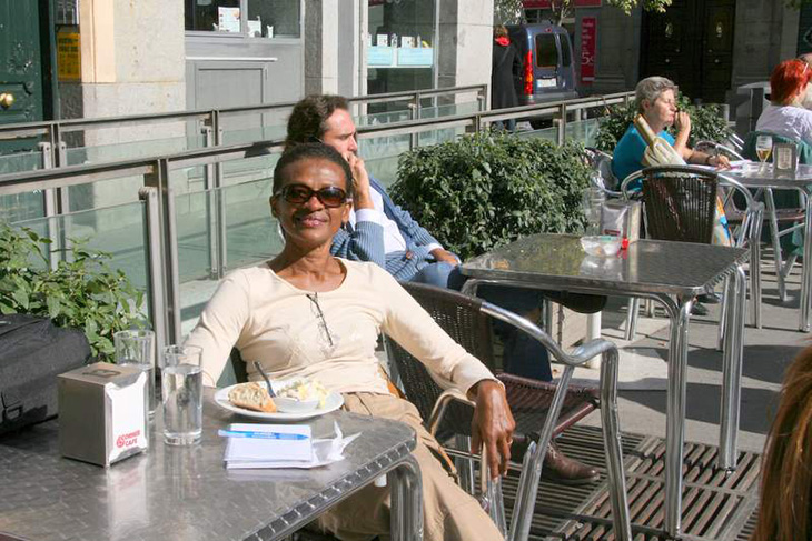 Mazell Purnell enjoying an outdoor cafe in Madrid