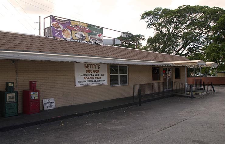 Bettys Soul Food - Fort Lauderdale