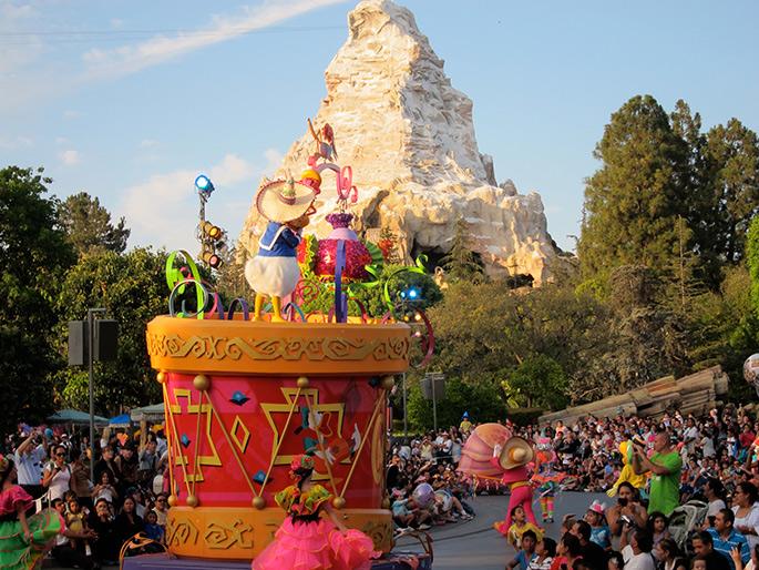 Disneyland Parade, Los Angeles Theme Parks