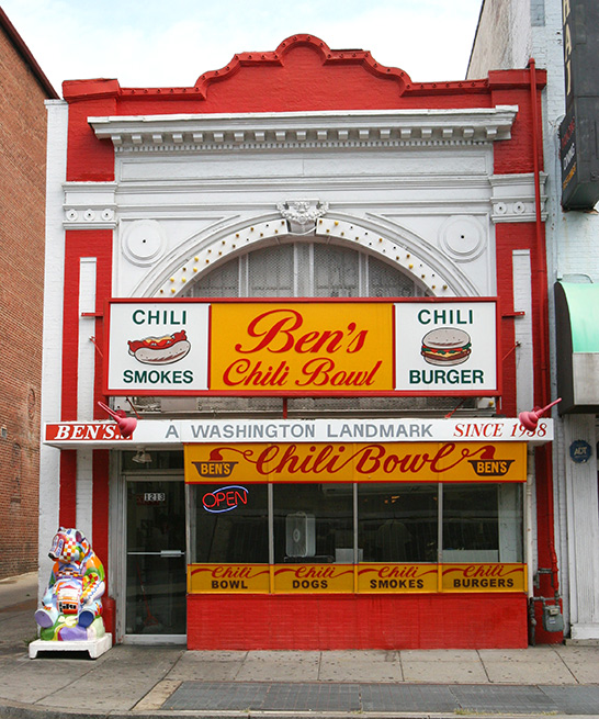 Ben S Chili Dogs Washington Dc