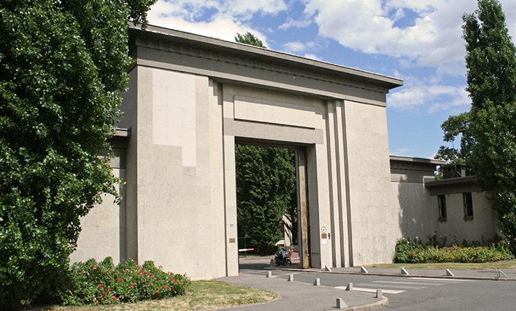 Thiais Cemetery entrance