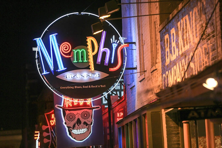Beale Street neon, Memphis Shops & Galleries