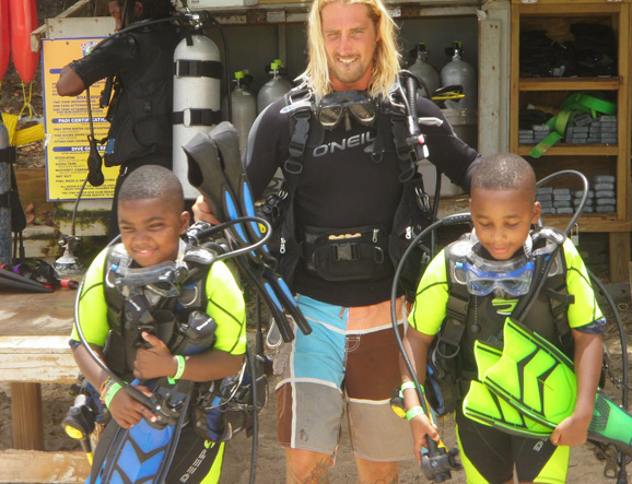 Boys with the their PADI Instructor
