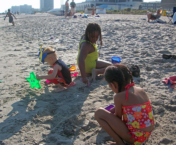 Kids at the beach, Atlantic City Beaches