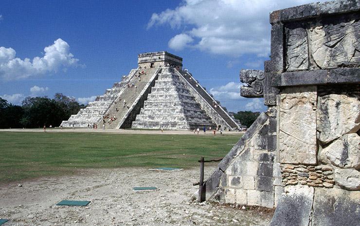 Kukulkan Pyramid, Chicen Itza
