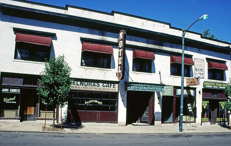 Hotel Roberts on Vine Street