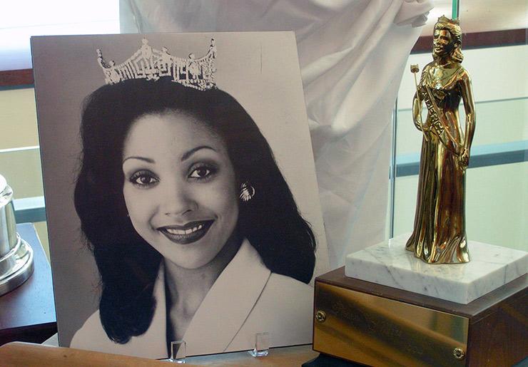 Kim Aiken, 1994 Miss America, Columbia