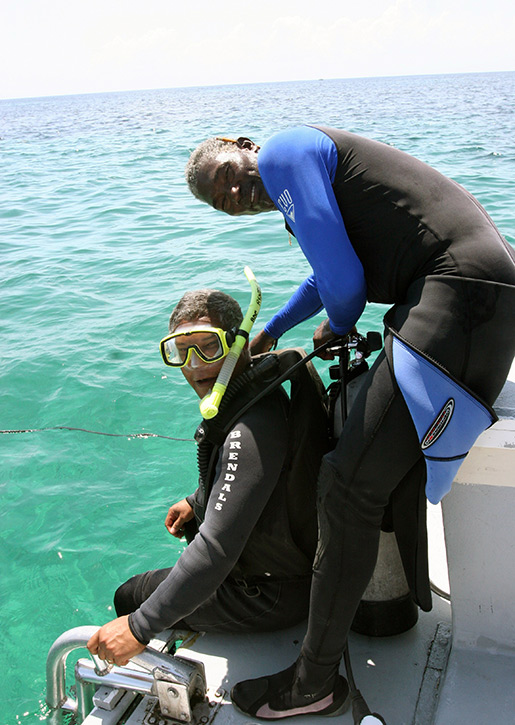 Diver gets ready with Brendals instructor; (c) Soul Of America