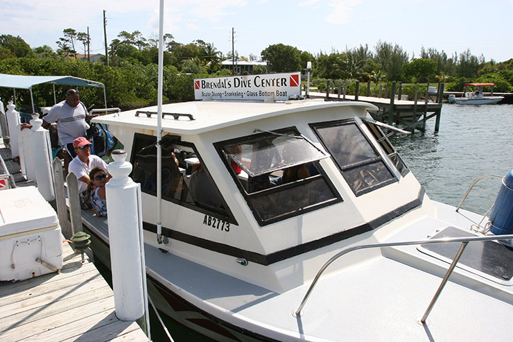 Brendals boat for Diving and Snorkeling in Abaco Hotels