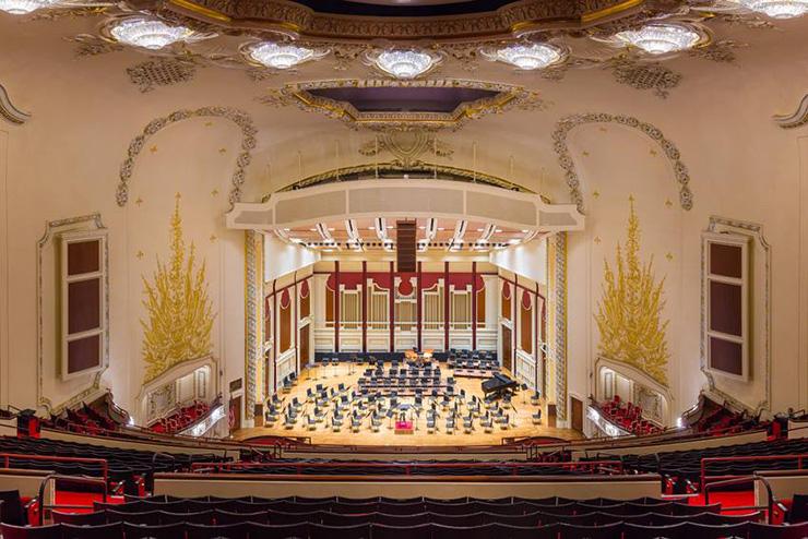 Heinz Hall stage