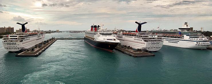 Cruise ships at Prince George Wharf