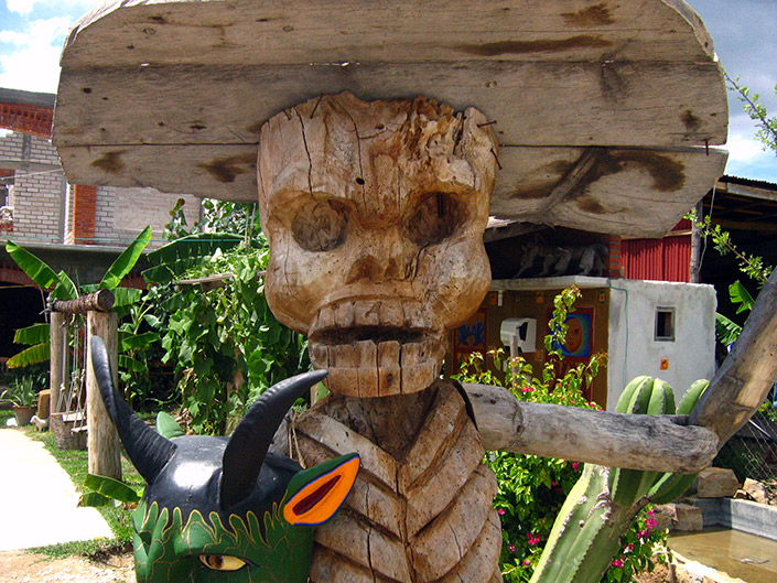 Zeny Fuentes wood carving, Oaxaca, Festivals