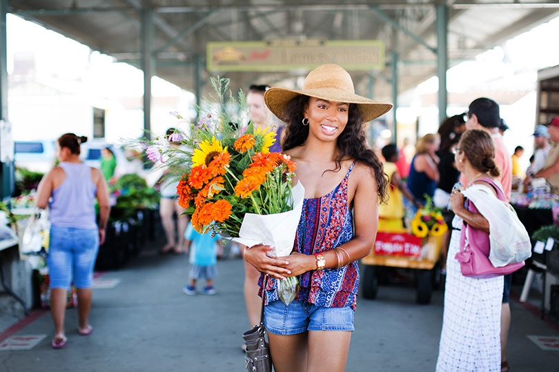 A solo visit for fresh flowers at Kansas City Market
