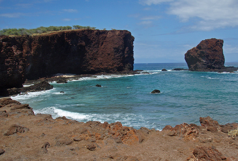 Lana'i Sweetheart Beach and Rock, Island Retreat