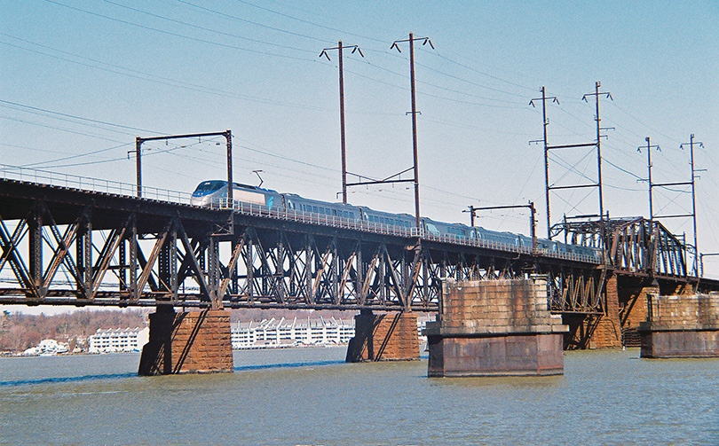 Acela running on Susquehanna River Bridge, built in 1906