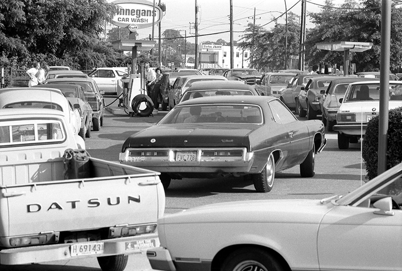 Gas station line in Maryland, June 1979